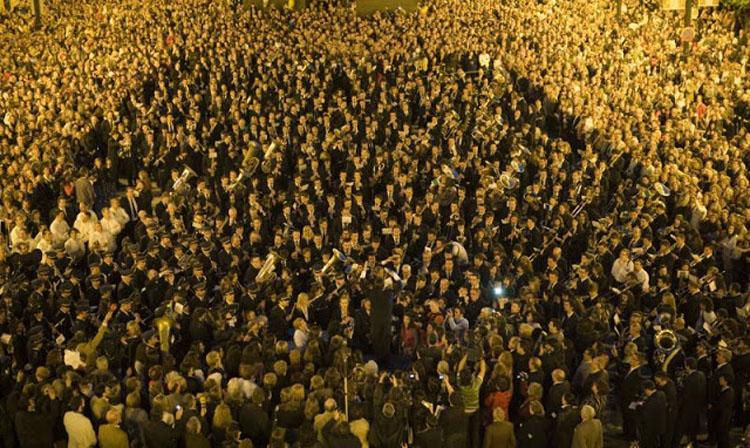 Empieza las fiestas con el Himno y la nit de l´olla de la mano de CerolImagen Destilerias Sinc